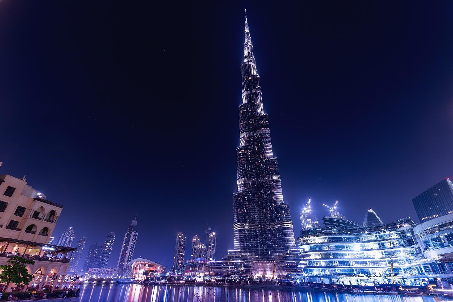 4K Khalifa Tower Night Dubai