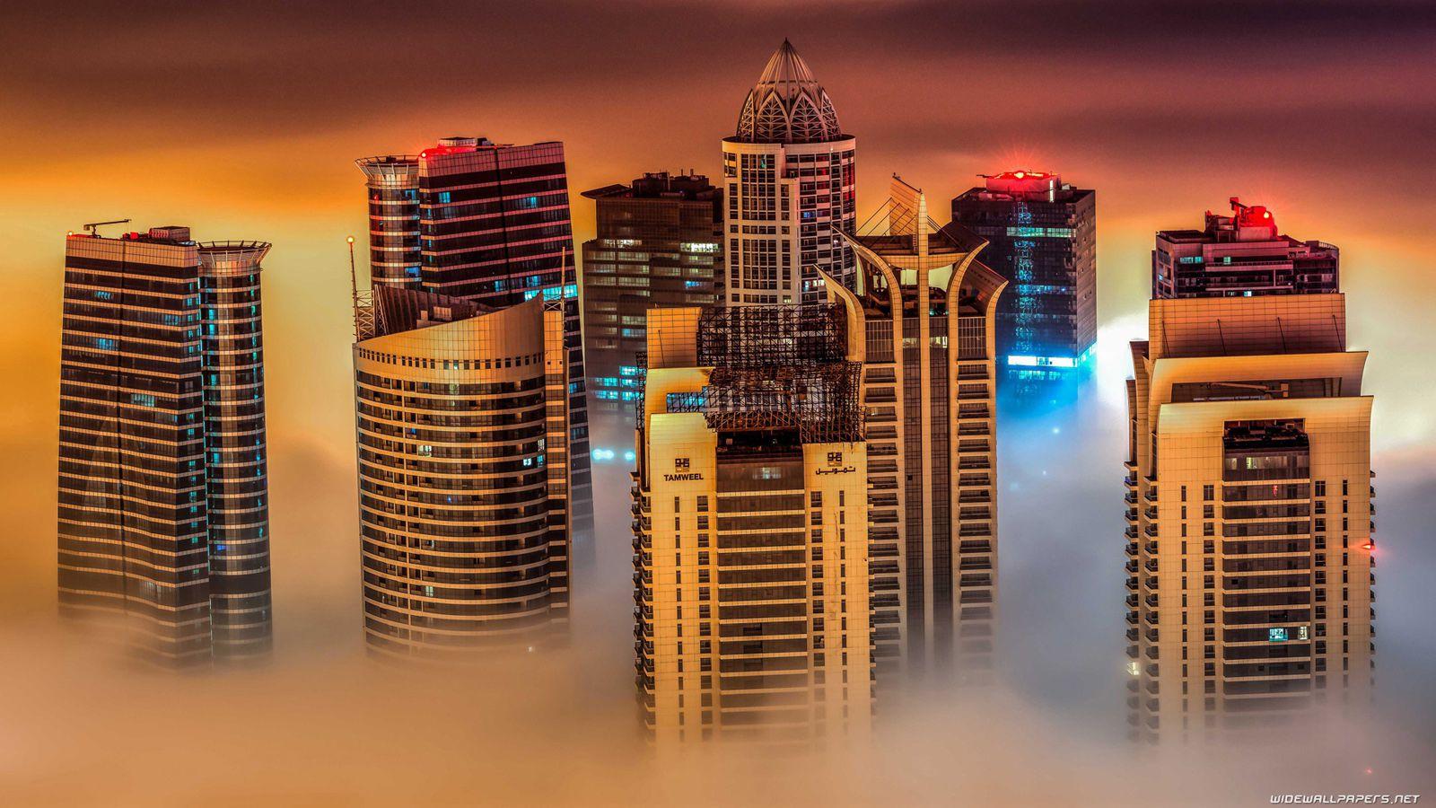 Dubai Gold Skyscraper Photos