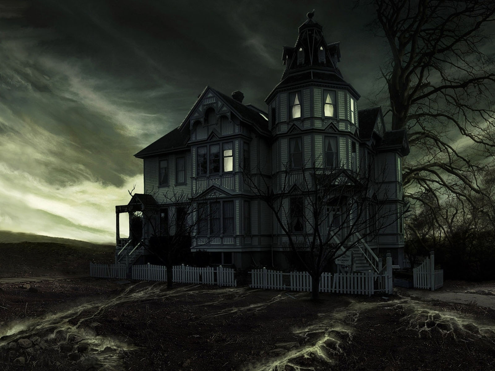 Haunted House HD black,green 1600x1200 Image