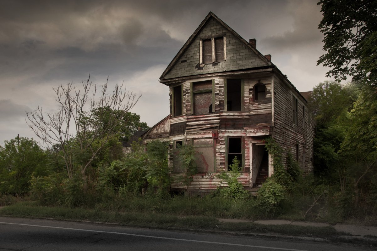 Haunted House HD black,green,pink 1200x797 Photos